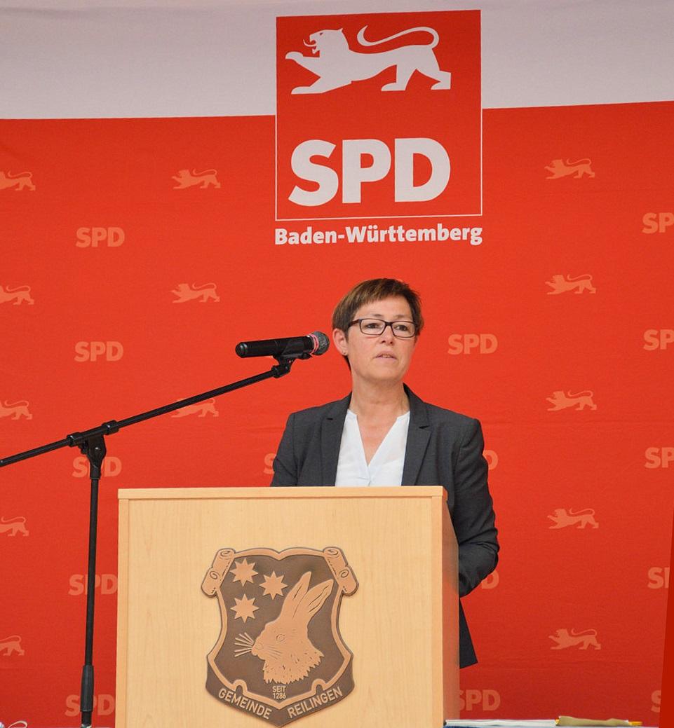 Andrea spricht auf der JHV SPD Rhein-NeckarJHV der SPD Rhein-Neckar